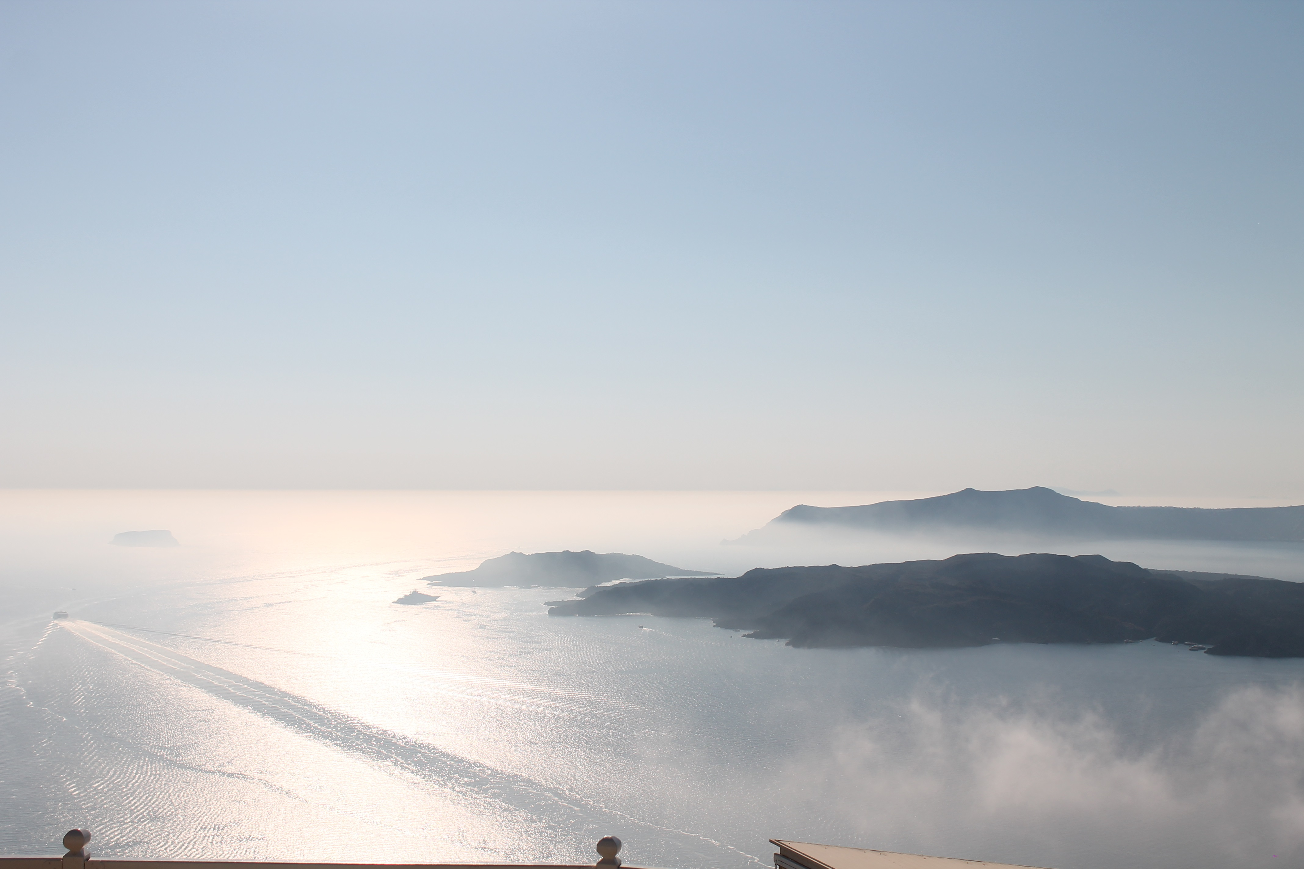 Vista sulla Caldera, Santo Winery ph. @poshbackpackers
