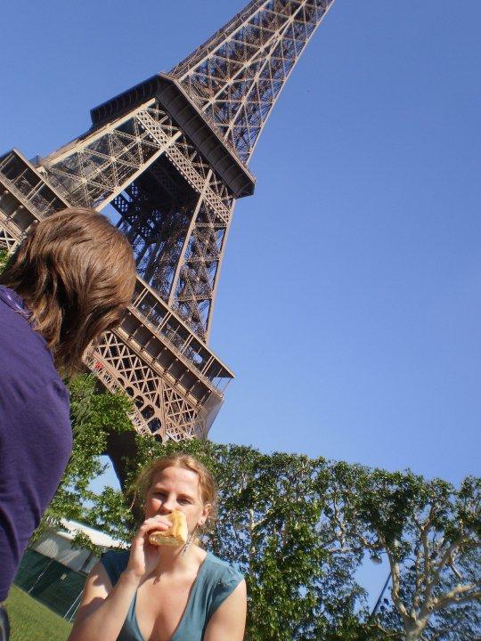 Pic Nic sotto la Tour Eiffel
