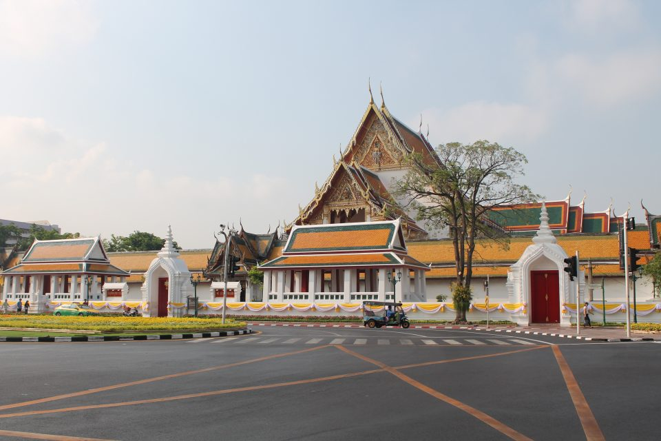 Wal Sutat, Bangkok