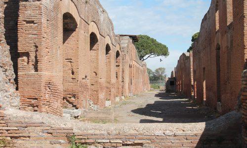 Visitare Ostia Antica in una maniera un po' speciale