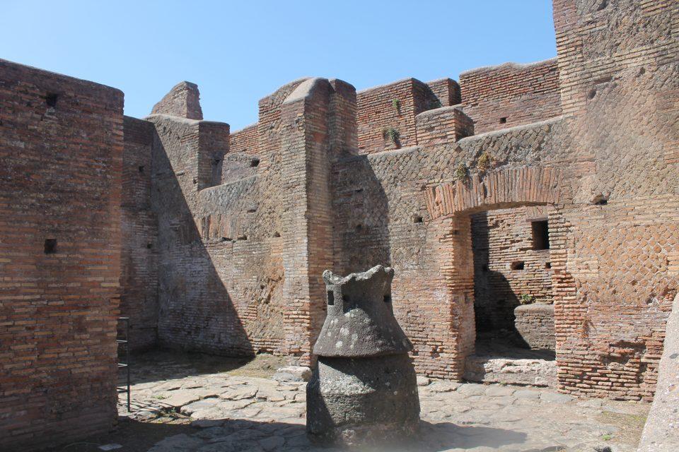 Un antico mulino - Ostia Antica