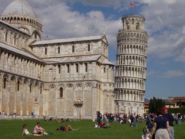 Come andare dall'aeroporto di Pisa al centro