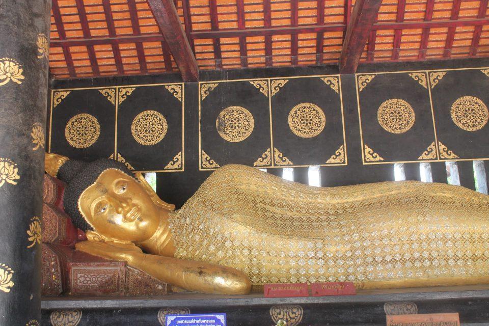 Buddha sdraiato -  Chiedi Luang