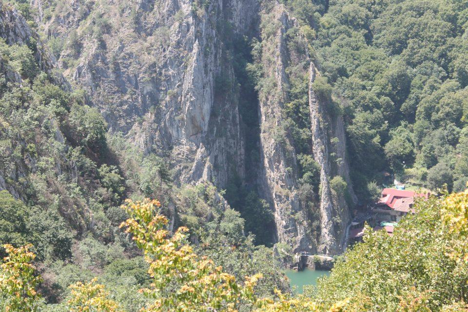 Panorama del Matka canyon da Sveti Nicola