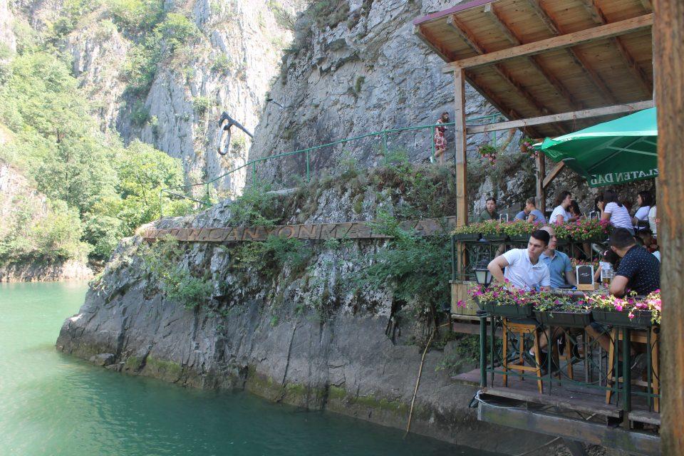 La vista dal ristorante sul Matka Canyon