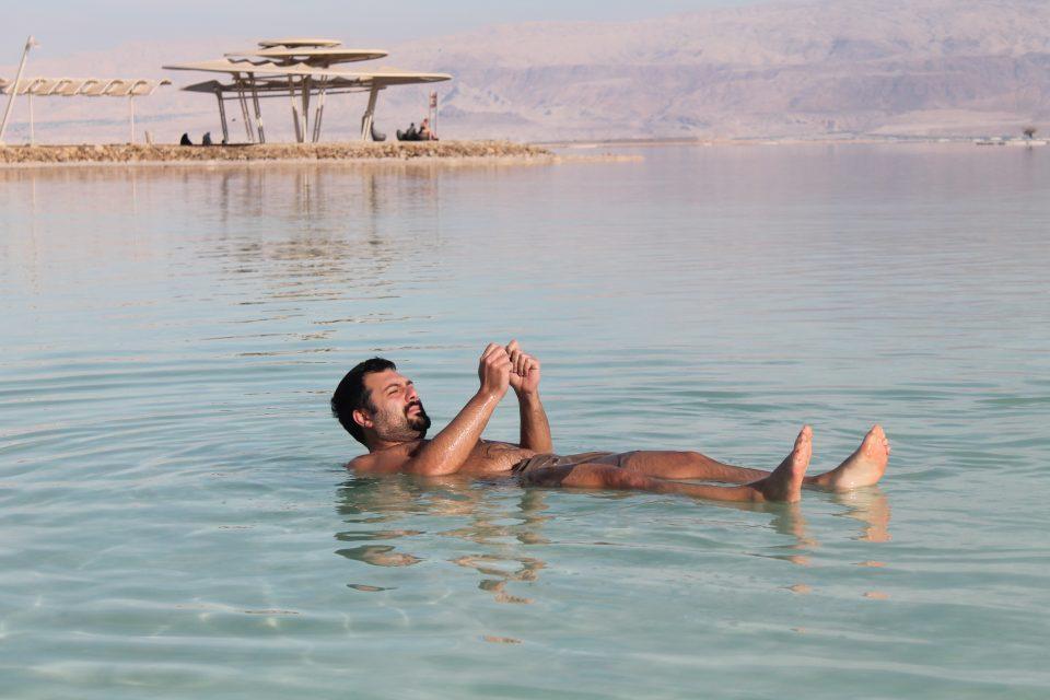 fare il bagno nel mar morto