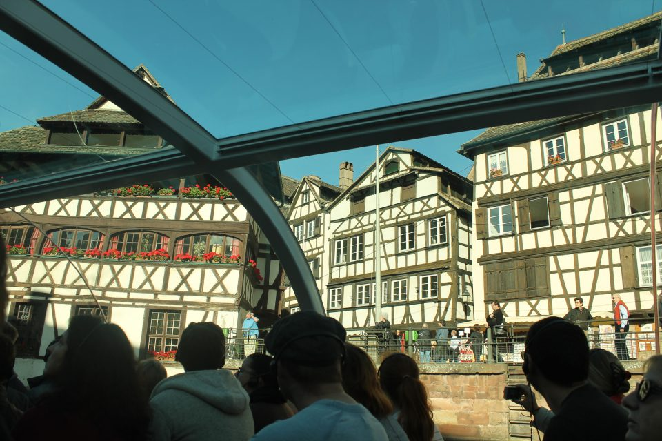 Strasburgo,  battello sul fiume