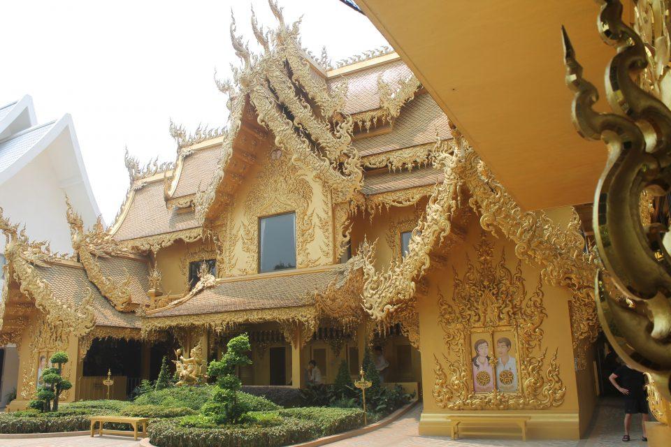 Bagno del White Temple - Bagni Thailandesi
