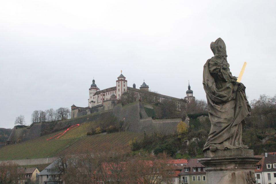 Vista da  Mainbrücke Wurtzburg