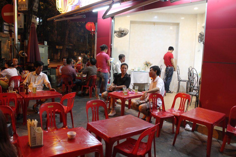 Hanoi street food @posh_backpackers