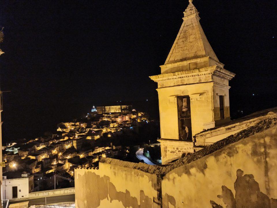 Vista su Ragusa Ibla - sicilia in inverno