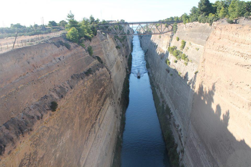 Canale di Corinto @posh_backpackers