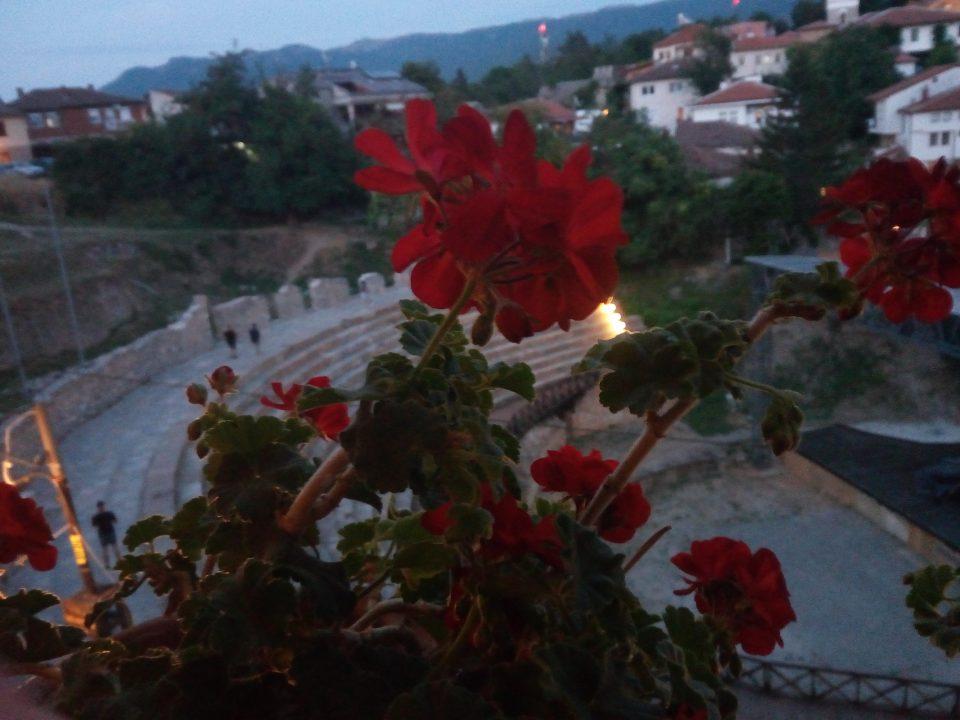 Vista sull'anfiteatro dal ristorante Gladiator - @posh_backpackers