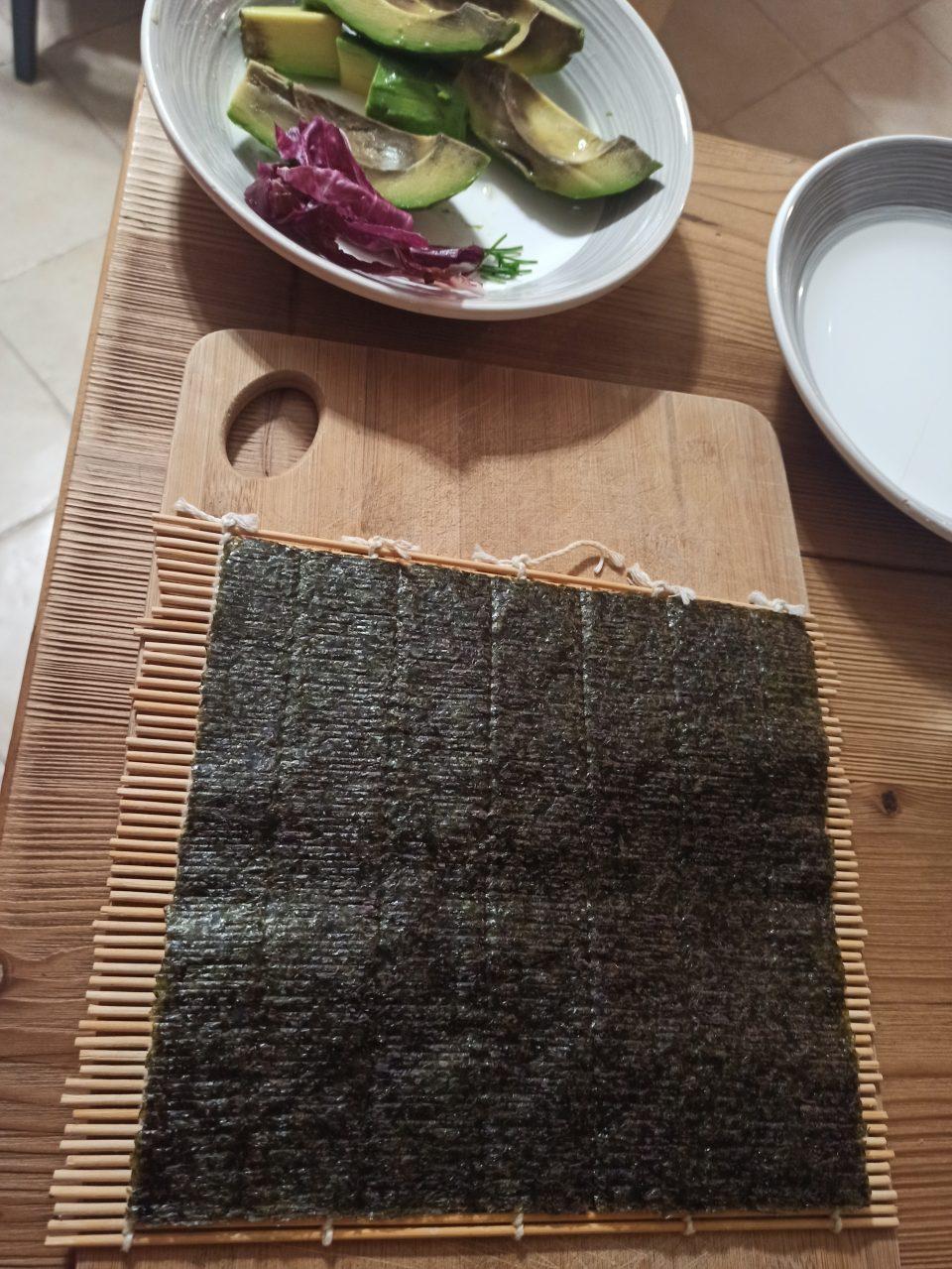Tappetino e alga nori per sushi