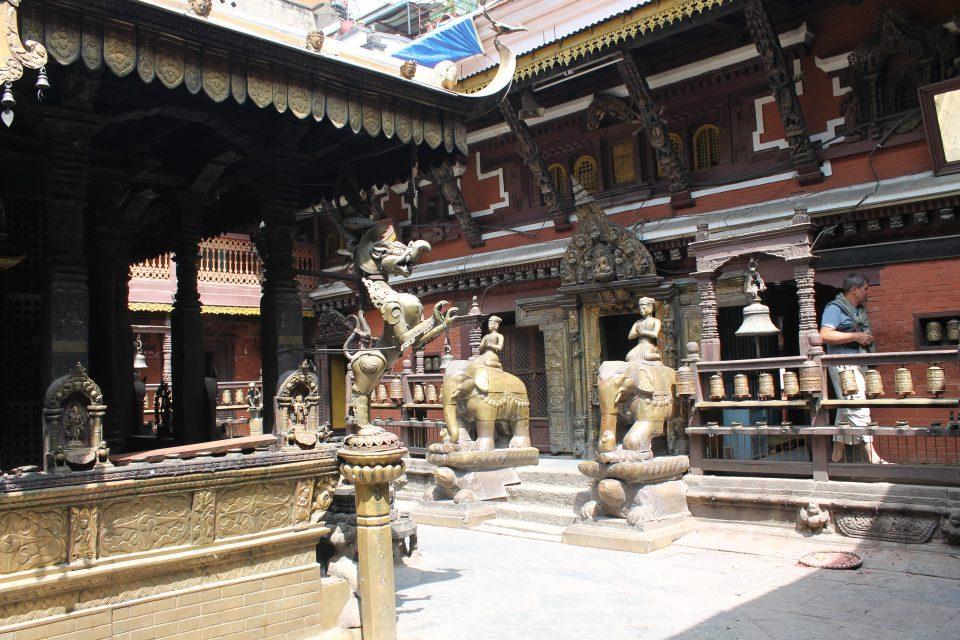 Tempio d'oro Patan @posh_backpaskers
