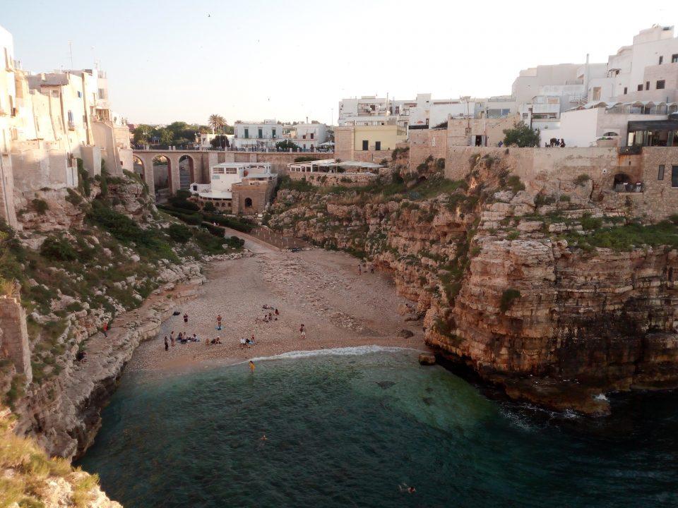 Polignano, spiaggia cittadina