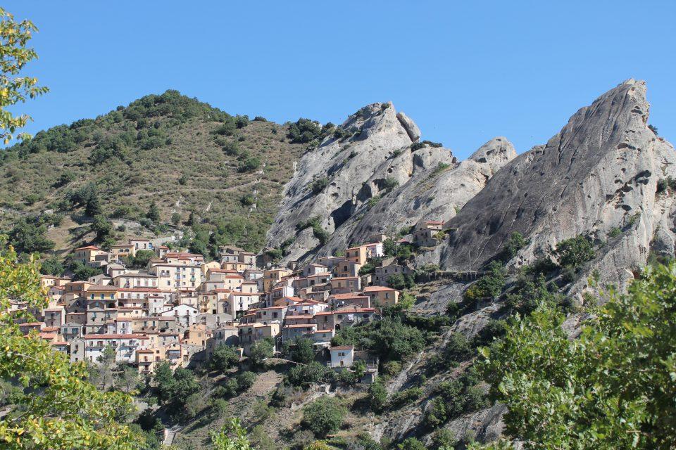Castelmezzano - 6 giorni in Basilicata ph- @poshbackpackers