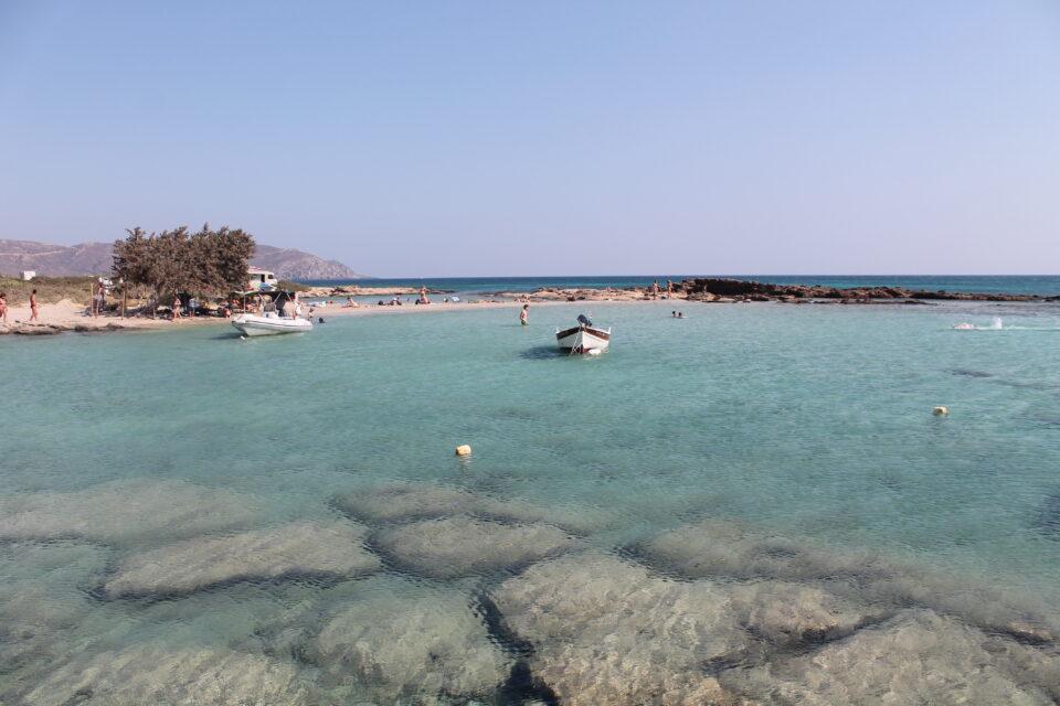 Elafonissi beach, Creta ph. @poshbackpackers