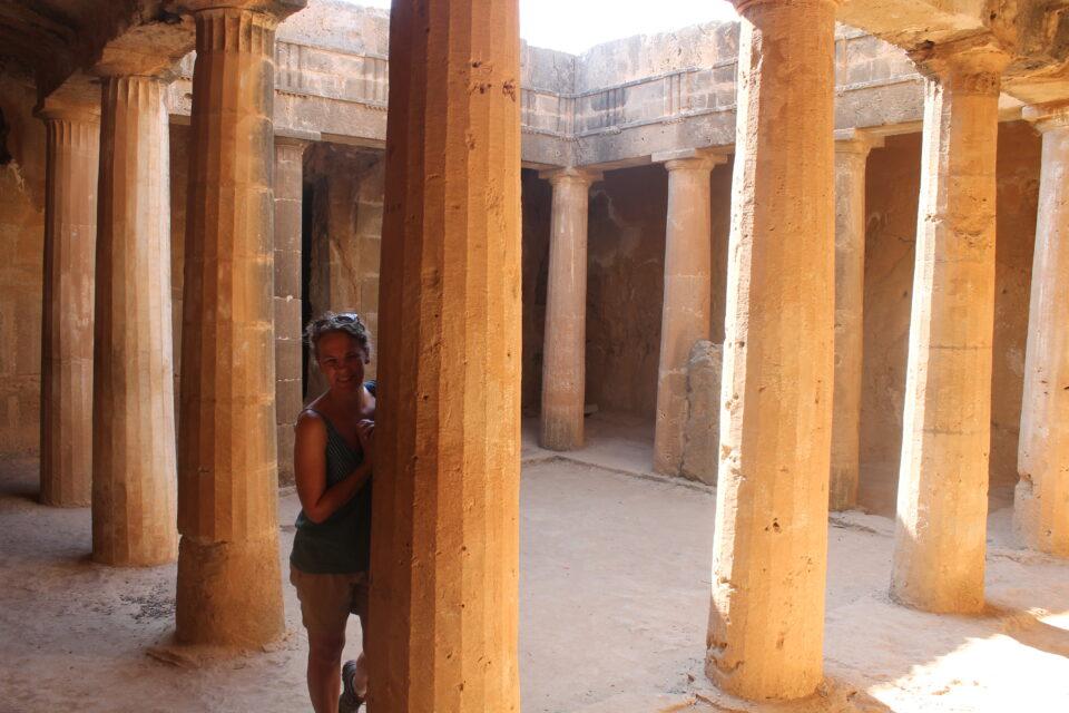 Tombe dei re Paphos ph. @poshbackpackers