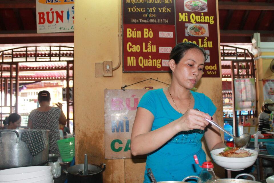 mercato Hoi An ph. @poshbackpackers