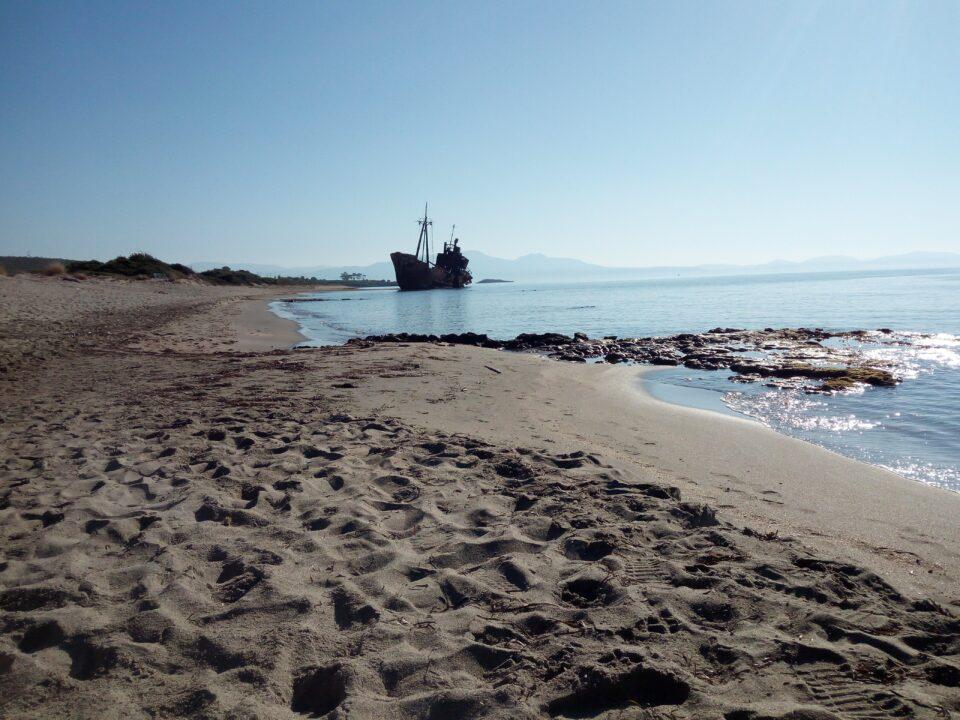 La spiaggia del relitto Dimitrios
