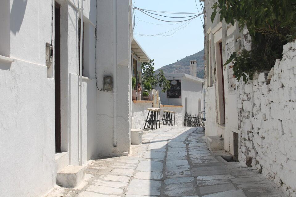 villaggio di Apeiranthos.